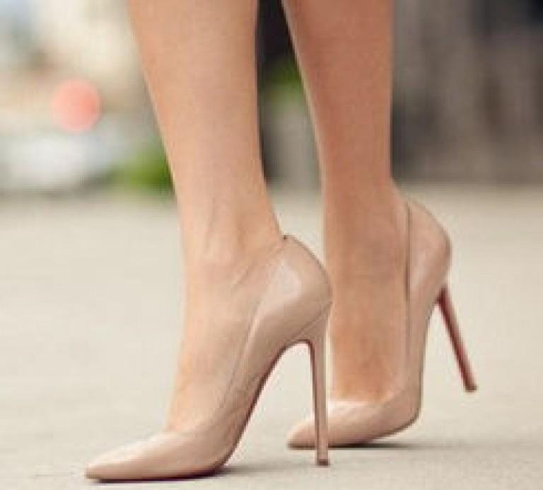 Джинси і взуття до них. З чим хороші джинси бойфренд  Скинни b38e08b57313d